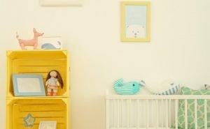طراحی اتاق خواب کودک زرد رنگ