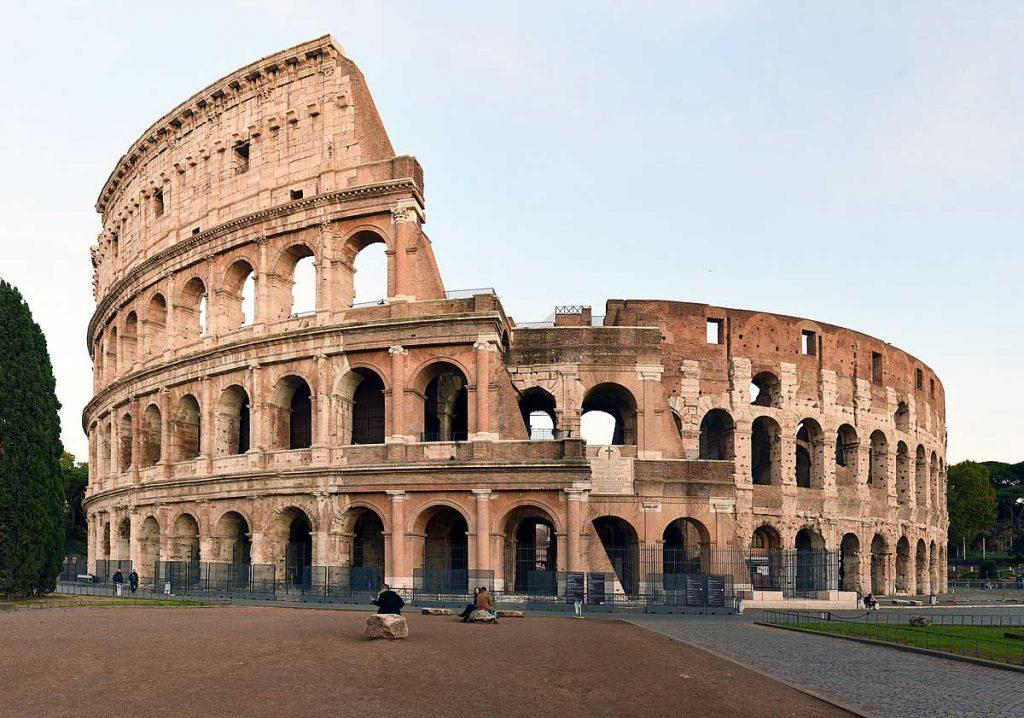 آشنایی با نمای رومی ساختمان